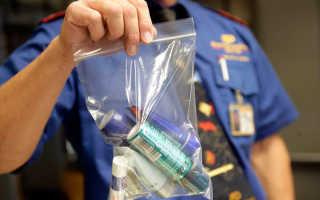 Жидкость в ручной клади самолета в 2020 году: можно ли брать воду и какой объем разрешается провозить на борту