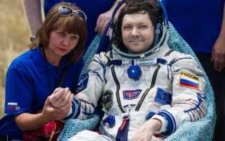 Какая зарплата в месяц у космонавтов в России в 2019-2020 годах